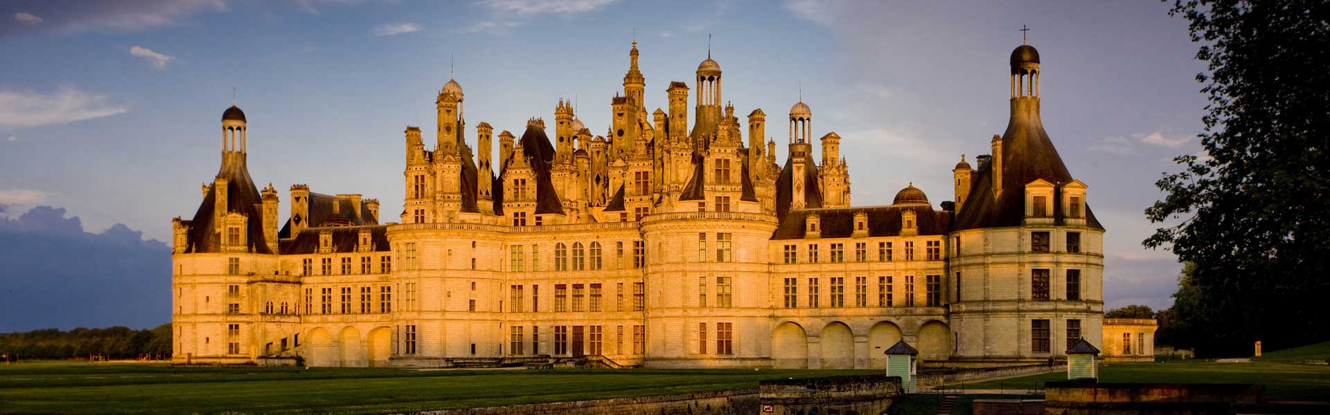 small-group-tours_paris-loire-valley-champagne-tour