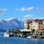 l Puerto de Bellagio, Lago de Como con vista de los Alpes