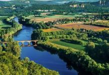 Bordeaux, Dordogne, & Languedoc, France